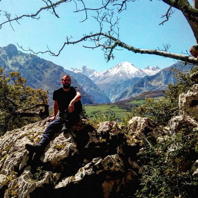 5 planes de turismo activo para perderte entre los Picos de Europa y Llanes