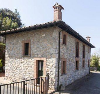 Casa rural con capacidad hasta 5 personas en Camango – Ribadesella