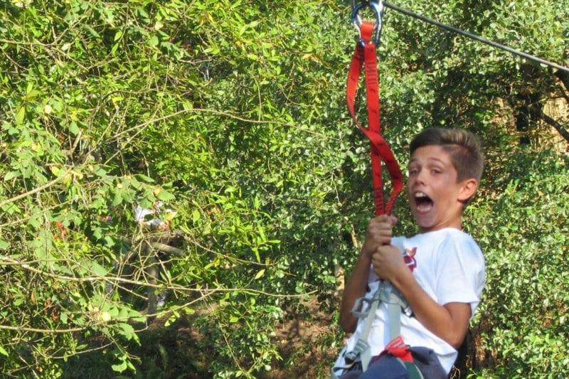 Parque de Aventura Selva Asturiana… puentes y tirolinas que nos hacen volar sobre el bosque desde 15€